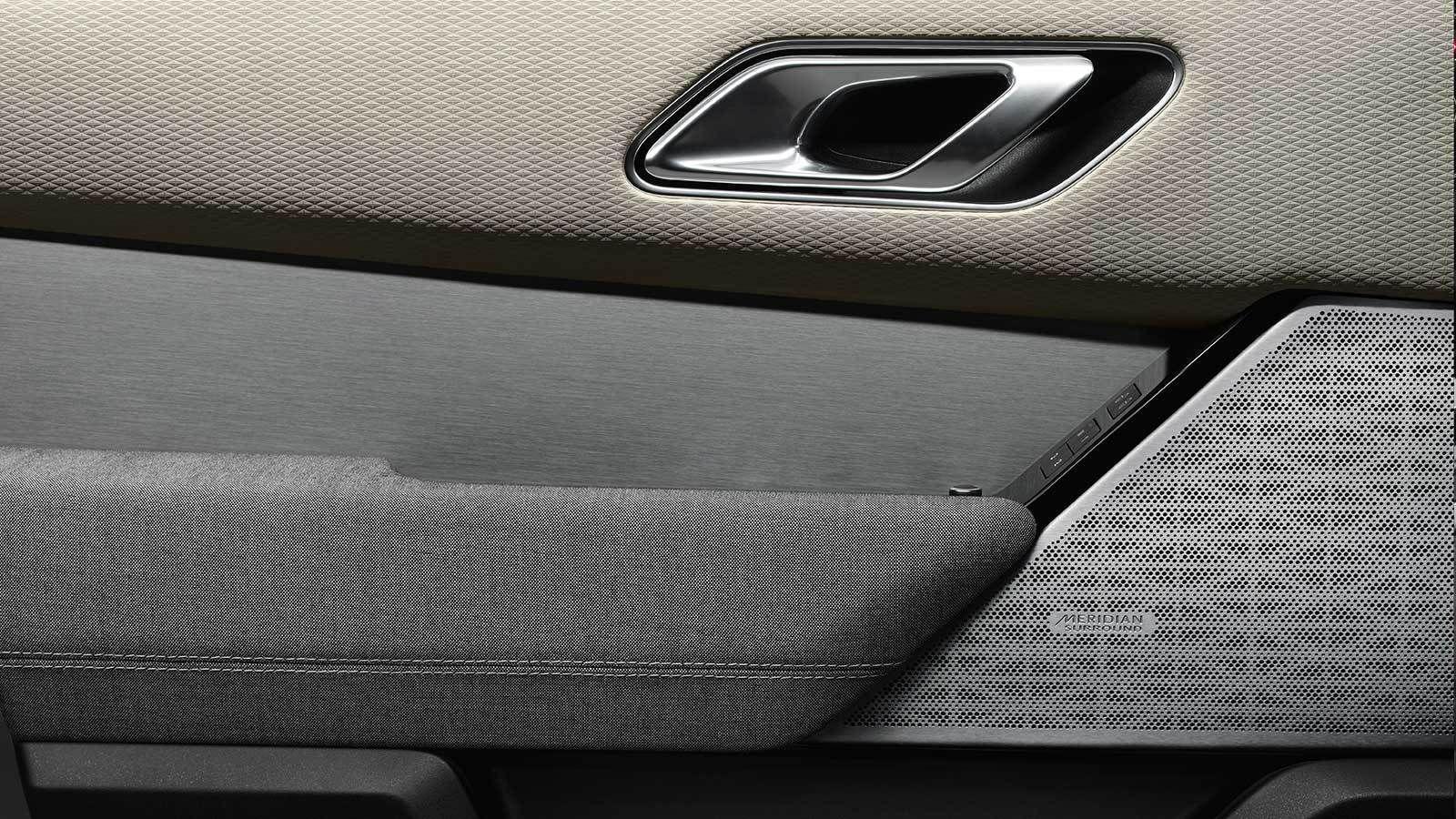 Range Rover Velar Accessories | Land Rover Oman