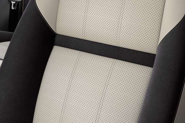 PERFORATED GRAINED LEATHER SEATS WITH SUEDECLOTH BOLSTERS