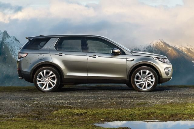 DISCOVERY SPORT – THE FIRST IN A NEW GENERATION