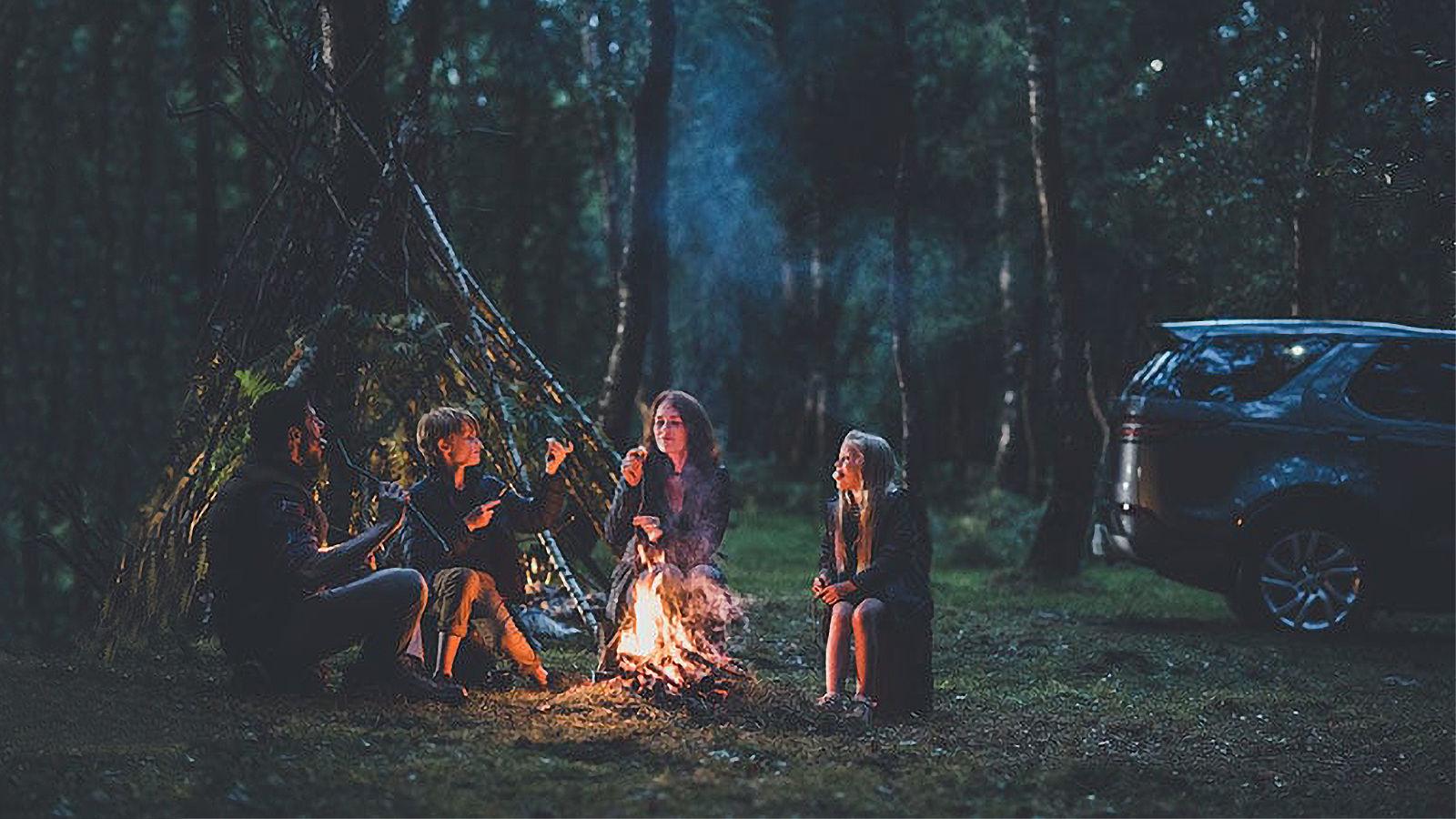 Kamp yapan aile 2
