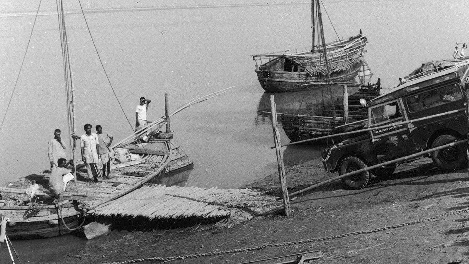 göl  ve tekne