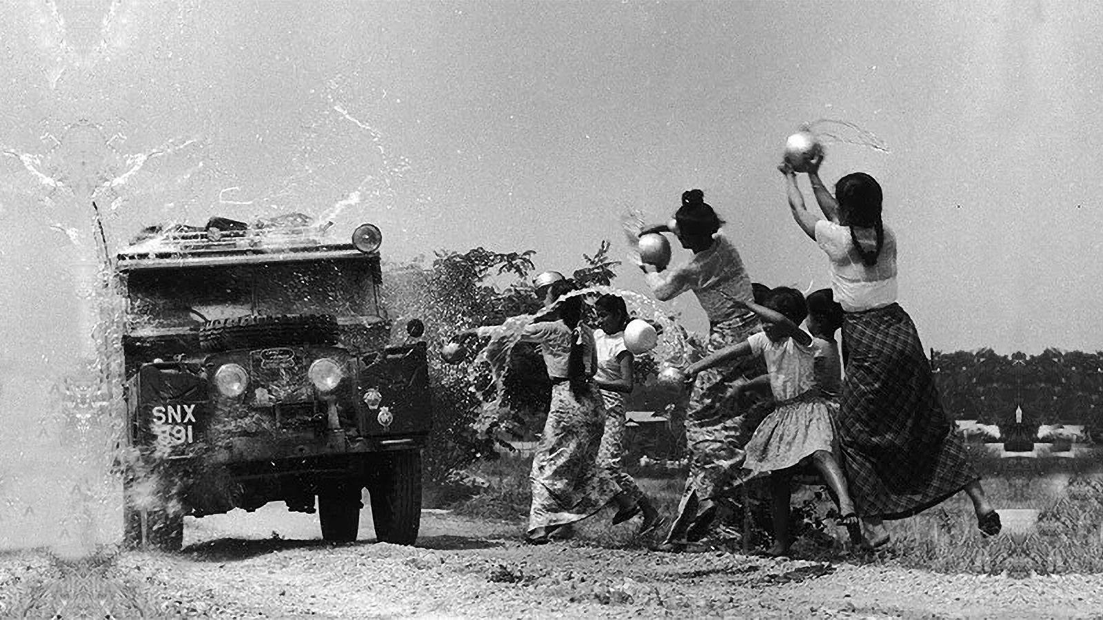 Burma, Kamboçya, Laos, Çin ve Tayland'da her sene Su Festivalleri düzenlenmektedir