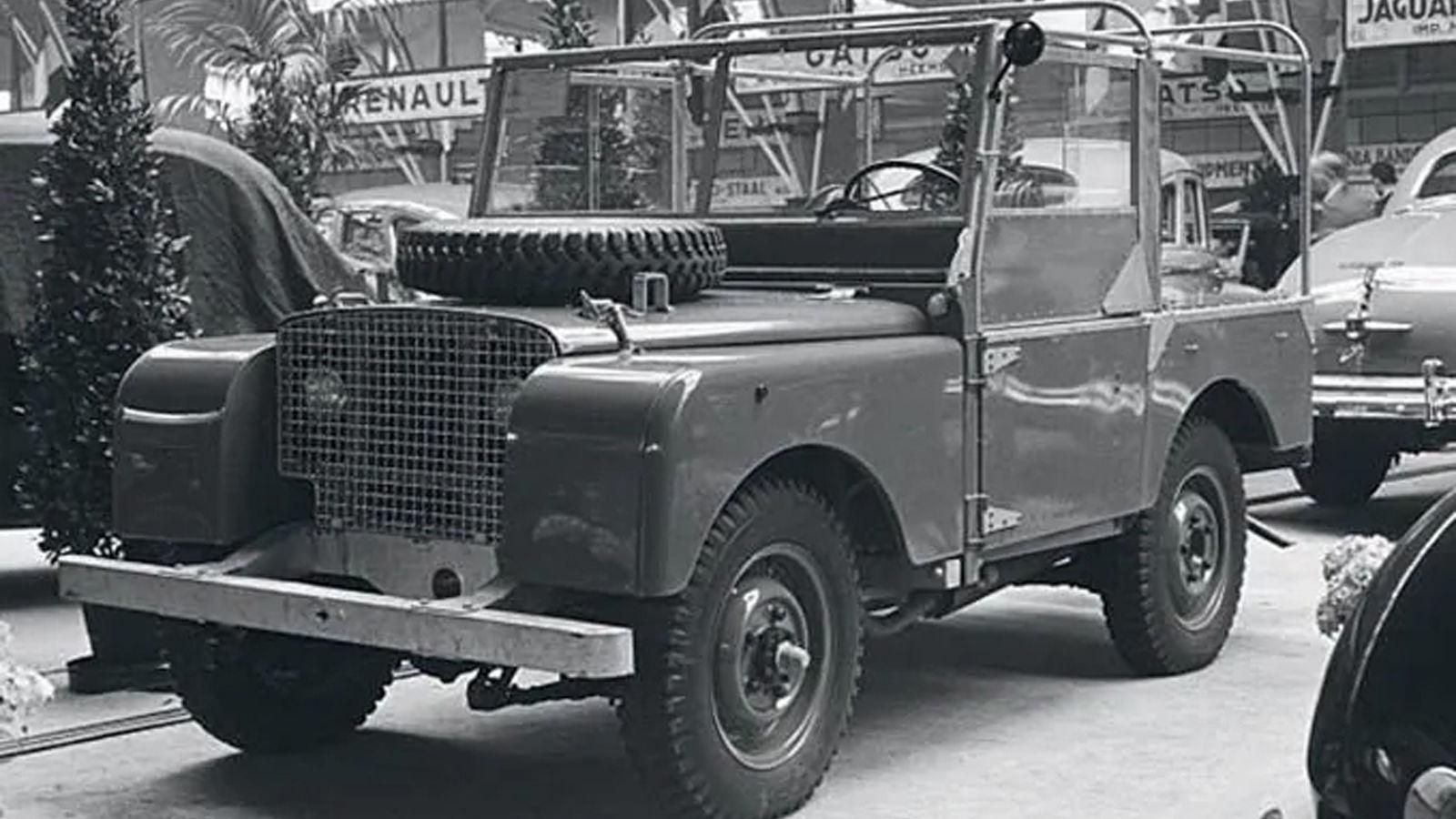 eski Land Rover aracı