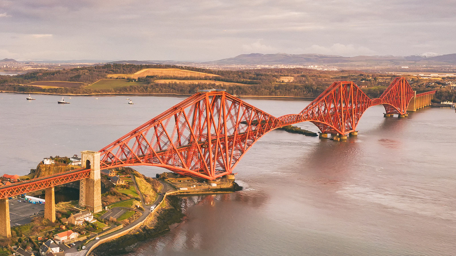 Forth Köprüsü, İskoçya