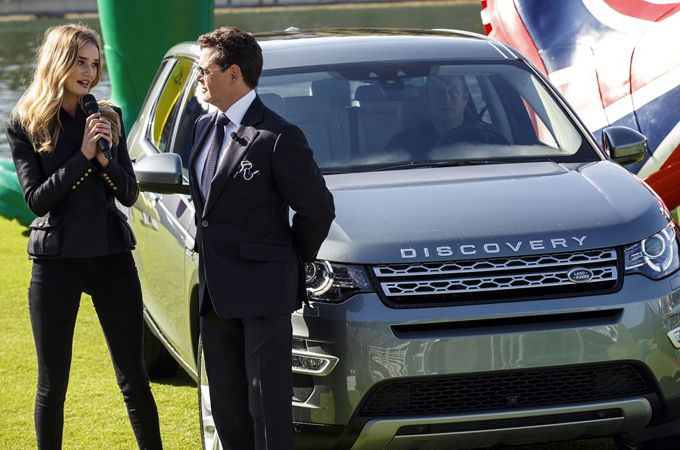 ROSIE HUNTINGTON-WHITELEY LAUNCHES NEW DISCOVERY SPORT