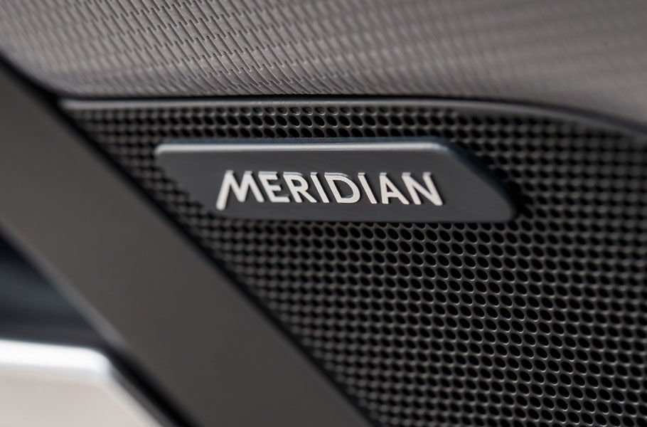 MERIDIAN IN-CAR HI-FI