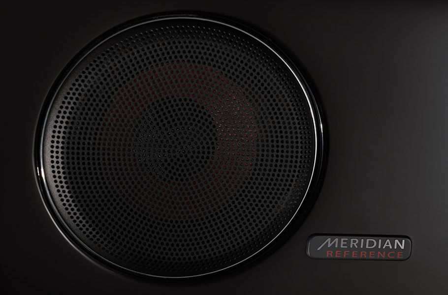 MERIDIAN  AUDIO SYSTEMS