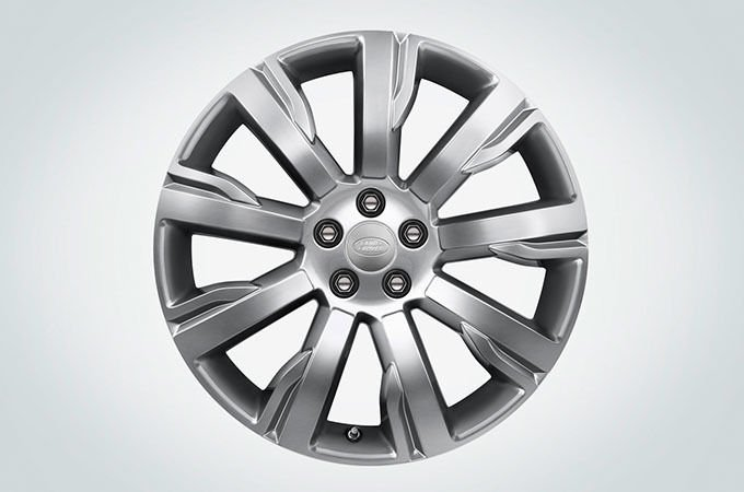"19"" 9 SPOKE 'STYLE 902' WITH DIAMOND TURNED FINISH – ALLOY WHEELS*‡"