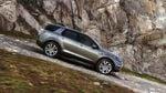 Land Rover 的專利陡坡緩降控制系統(HDC),在所有四輪驅動(4WD)車款均為標準配備。