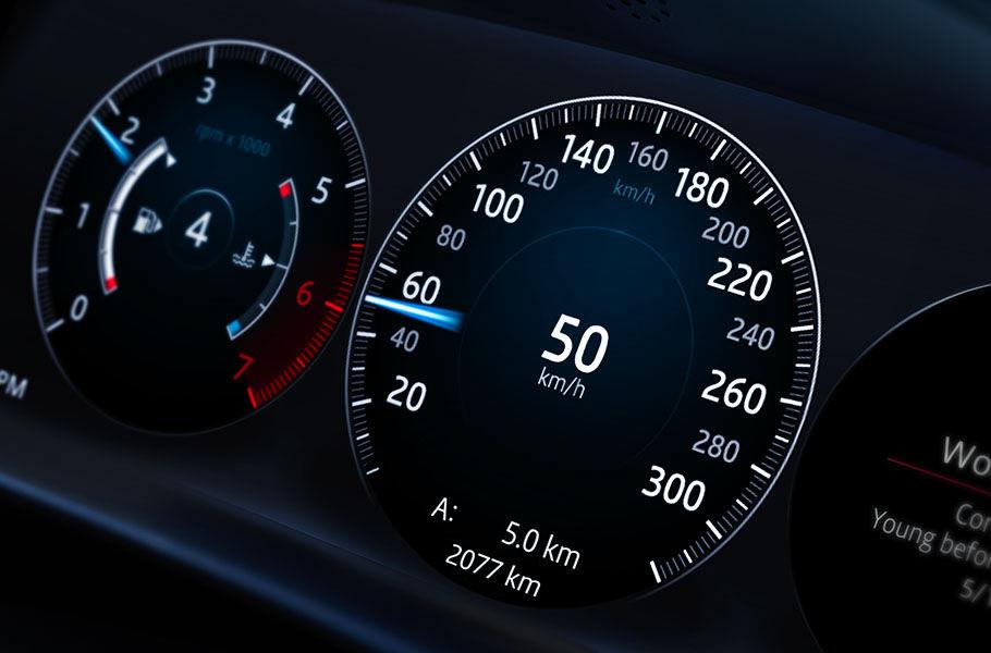 شاشة عرض تفاعلية للسائق