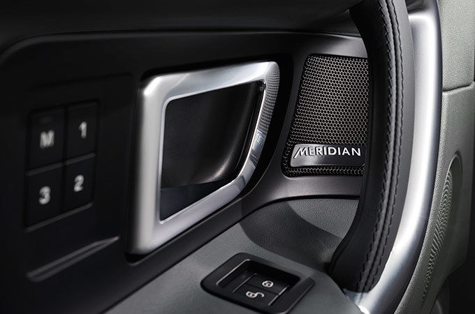 MERIDIAN™ SOUND SYSTEM WITH 10 SPEAKERS