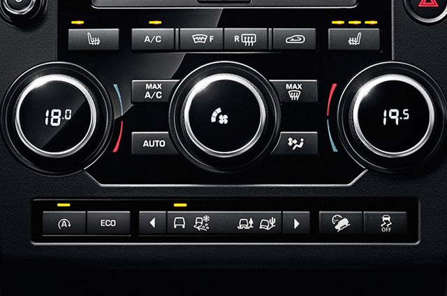 TWO-ZONE CLIMATE CONTROL
